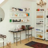 Una boutique emergente belleza natural se abre vacaciones en Fort Greene