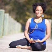 ¿Tiene el yoga tiene un flaco problemas con las chicas blancas?