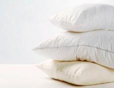 Cómo refrescar sus viejas almohadas y toallas, estilo de bricolaje